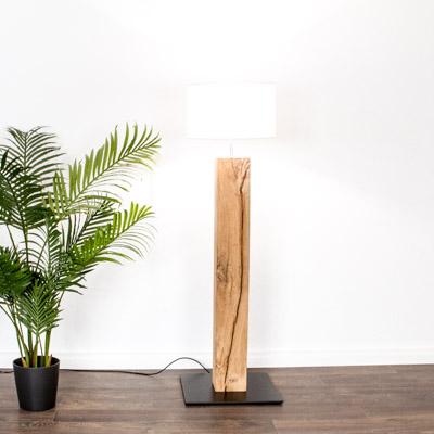 Massivholz und Design für Leuchten