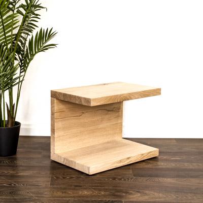 Massivholz Beistelltisch oder Nachttischmöbel aus der Schweiz