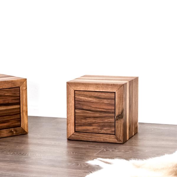 Nachttisch aus Holz Nussbaum