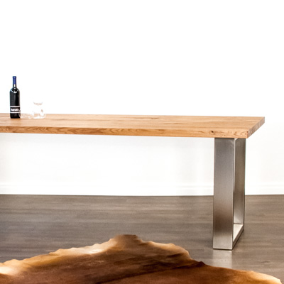 Massivholztisch aus Schweizer Holz Eiche